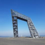 Das Saarpolygon besteht aus 250 Tonnen feuerverzinktem Stahl