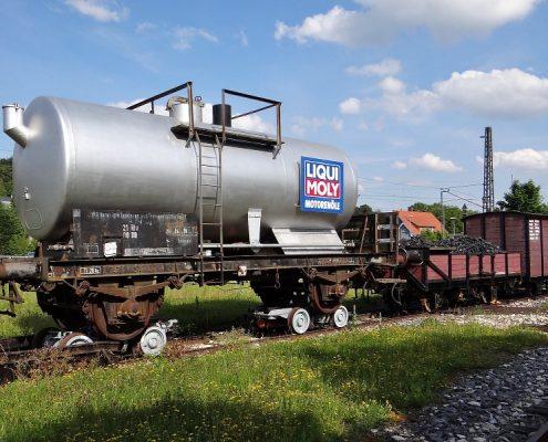 Tankauskleidung und Tankinnenbeschichtung
