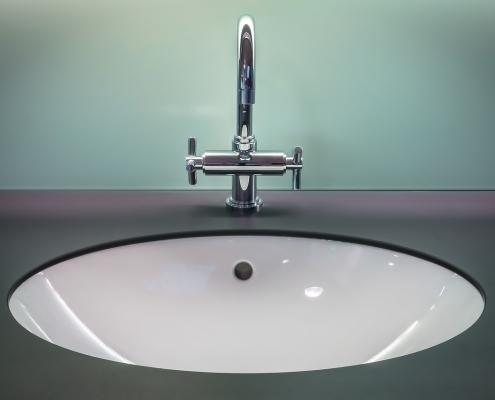 Badezimmer wasserdicht abdichten